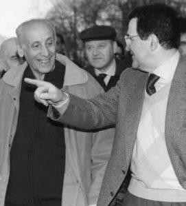 """Dossetti con il suo """"discepolo"""" più famoso, Romano Prodi."""